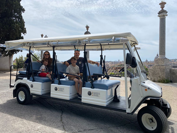 golfcart-family